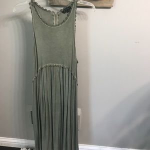 Dresses & Skirts - Boutique bought army green dress